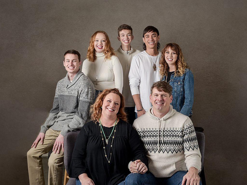 grey background studio family portraits Anna Graf Photography