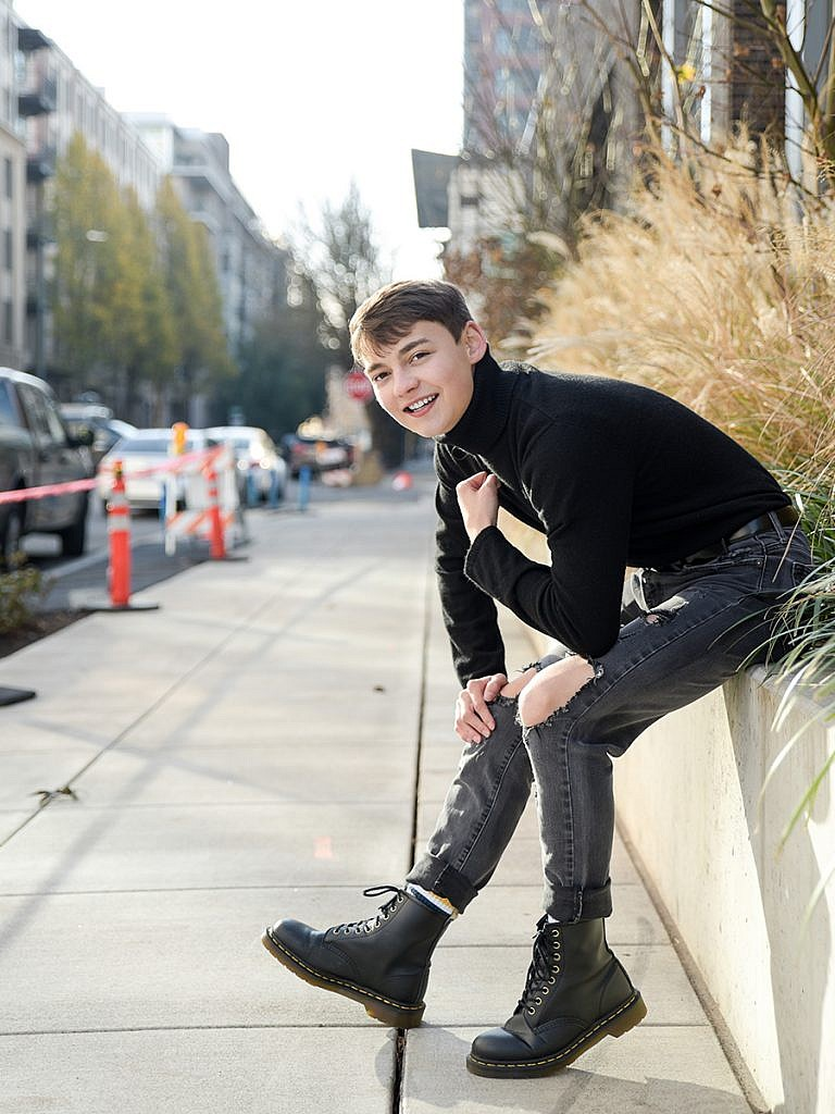 pearl district all black clothes guy senior pictures Anna Graf Photography