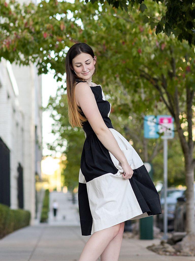 girl-senior-photos-audrey-hepburn-black-and-white-dress-in-the-city-portland